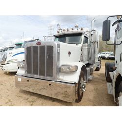 2008 PETERBILT 389 Sleeper Truck