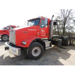 2007 KENWORTH T800 Roll Off Truck