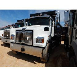 2020 WESTERN STAR 4700 Dump Truck