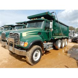 2002 MACK CV713 Dump Truck