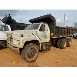 1993 FORD F900 Dump Truck