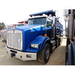 2010 KENWORTH T800 Dump Truck