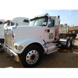 2005 INTERNATIONAL 9900i Day Cab Truck