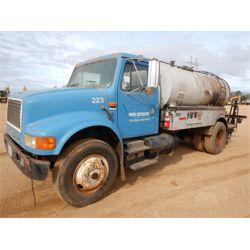 1992 INTERNATIONAL 4900 Asphalt / Hot Oil Truck
