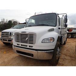 2006 FREIGHTLINER M2 Fuel / Lube Truck