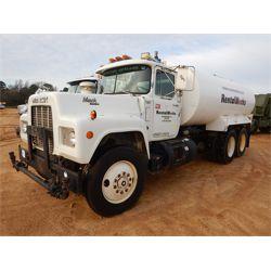 1989 MACK R690ST Water Truck