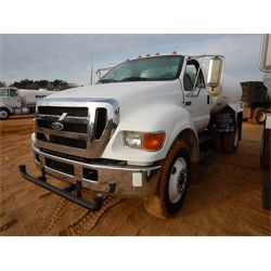 2006 FORD F750 Water Truck