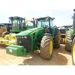 JOHN DEERE 8530 Tractor