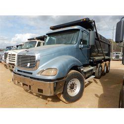 2007 FREIGHTLINER COLUMBIA Dump Truck
