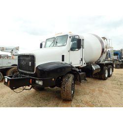 2004 OSHKOSH F2346 Concrete Mixer / Pump Truck