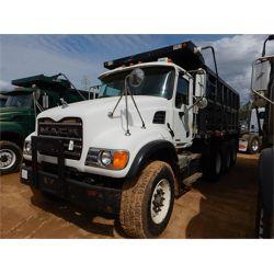 2005 MACK CV713 Dump Truck