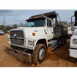 1996 FORD L8000 Dump Truck