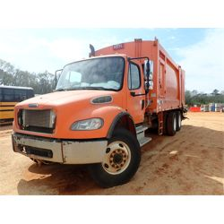 2004 FREIGHTLINER BUSINESS M2 Garbage / Sanitation Truck