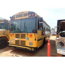 2005 THOMAS  Bus / Motorcoach / RV