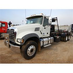 2019 MACK GR64F Roll Off Truck