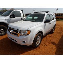 2012 FORD ESCAPE Car / SUV