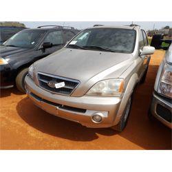 2005 KIA SORENTO Car / SUV