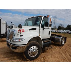 2007 INTERNATIONAL 4400 DURASTAR Day Cab Truck