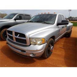 2001 DODGE 3500 Pickup Truck