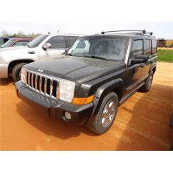 2006 JEEP COMMANDER LIMITED  Car / SUV