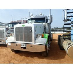 2009 PETERBILT 367 Day Cab Truck