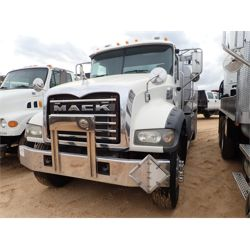 2007 MACK CTP713 Fuel / Lube Truck