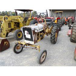 IH FARM  Tractor