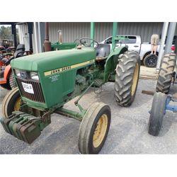 JOHN DEERE 950 Tractor