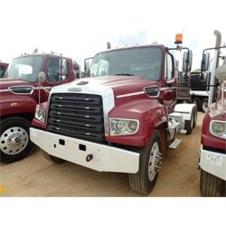 2015 FREIGHTLINER SD114 Day Cab Truck