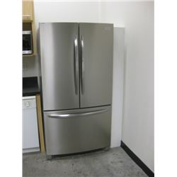 FRIGIDAIRE GALLERY FGHN2868TF-1 S/S FRIDGE