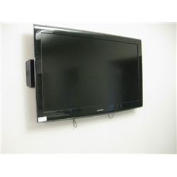 SAMSUNG LN46B610A5FXZC TV WITH WALL MOUNT