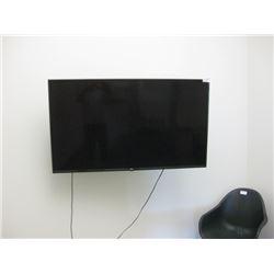 LG 55UK6300BUB TV WITH MOUNT