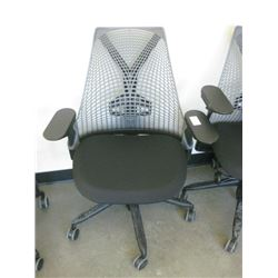 HERMAN MILLER MESH BACK OFFICE CHAIR