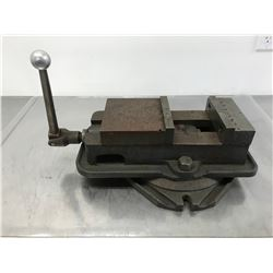 "6"" KURT ANGLOCK VISE w/ SWIVEL BASE"