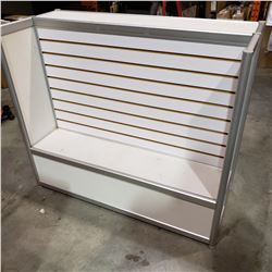 RETAIL DISPLAY RACK W/ SHELFS - ONE SIDED
