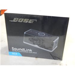 NEW BOSE BE8 SOUNDLINK PORTABLE BLUETOOTH SPEAKER - UNAUTHENTICATED