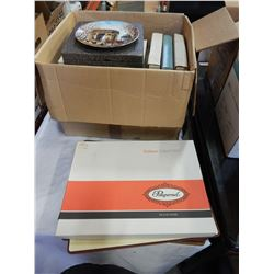 BOX OF COLLECTOR PLATES AND PIMPERNEL PLACEMATS