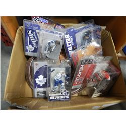 6 BOXED SPORTS FIGURES AND WOOD PLAQUE