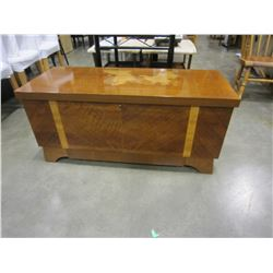 LANE CEDAR LINED TRUNK W/ DRAWERS