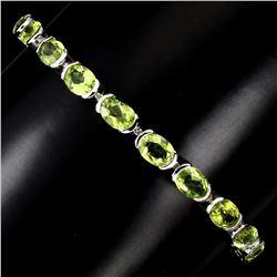 Natural Oval Cut 7x5mm Top Rich Green Peridot Bracelet