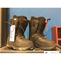 PAIR - BURTON VIBRAM SNOWBOARD BOOTS - BLACK - MENS SIZE 10.5