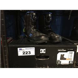 YOUTH SCOUT DG SNOWBOARD BOOTS - BLACK & BLUE - SIZE 5