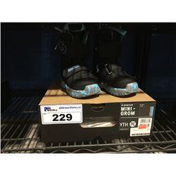 PAIR - BURTON MINI -GROME  SNOWBOARD BOOTS - BLACK & BLUE YOUTH SIZE 7C