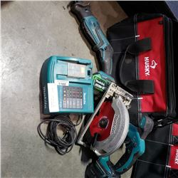 MAKITA CORDLESS CIRCULAR SAW AND SAWZALL, 2 BATTERIES, AND CHARGER - TESTED AND WORKING