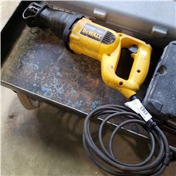 DEWALT SAWZALL - TESTED AND WORKING