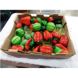 TRAY OF ART GLASS PEPPERS