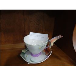 FRANZ PAPILLON BUTTERFLY PATTERN TEA CUP AND SAUCER