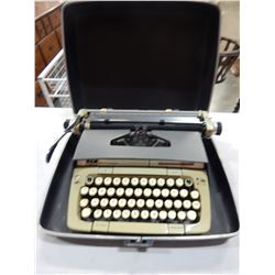 SMITH CORONA CLASSIC 12 TYPEWRITER