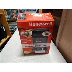 HONEYWELL 360 DEGREE SURROUND HEATER AS NEW IN BOX