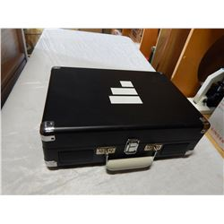 CROSLEY CR8005D-CB RECORD PLAYER